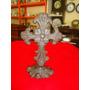 Antiguidade: Exuberante Cruz De Mesa Em Ferro Fundido Antigo