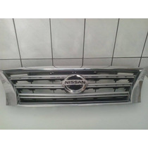 Grade Dianteira Nissan Sentra Com Emblema