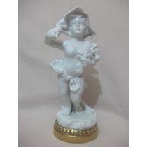 B. Antigo - Estatueta De Florista Em Porcelana Vista Alegre