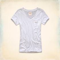 Hollister Camiseta Manga Curta Decote V C/ Bolsinho