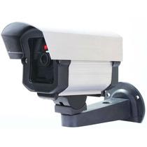 Câmera Falsa Com Led Pisca Funciona Com 2 Pilhas Aa + Placa