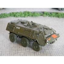 Veículo Blinddo Militar Esc. 1:72