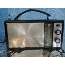 Rádio Portátil Sanyo Solid State Modelo 8s-710n Duas Faixas
