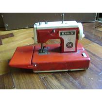 Maquina Costura De Lata Brinquedo Antigo