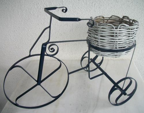 enfeite jardim bicicleta:Bicicleta / Velocipede Antigo P/ Jardim – Decoração Em Ferro (Ferro