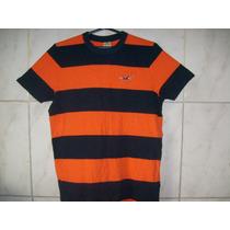 Camiseta Listrada Hollister Tamanho P 68cm X 48cm
