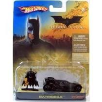 Carrinho + Boneco Batmovel Hotwheels Batmobile Batman Begins