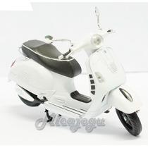 Vespa Piaggio Gts 300 Super 1/12 New Ray Honda Lambreta