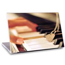 Skin Adesivo Notebook Papel Parede Mão Piano Skdi3311