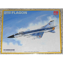 Caça Soviético Sukhoi Su-15/21 Flagon F - Kit 1/72 Pm Model