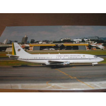 ( L - 380 ) F - 111 Foto Do Avião Fab - Boeing 737-200