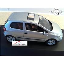 Volkswagen Vw Fox Schuco Prata