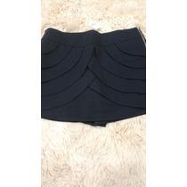 Shorts Saia Camadas Transpassadas