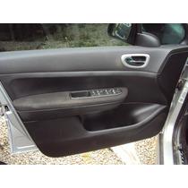 Forro De Porta Dianteiro Esquerdo Peugeot 307 05