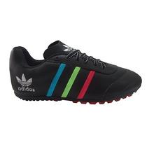 Chuteira Adidas Em Couro Society