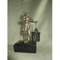 Escultura - Estatua Em Bronze E Alpaca De Figura Infantil