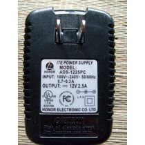 Fonte Adapter Supply Input 100v-240v 50/60hz Output 12v 2.5a