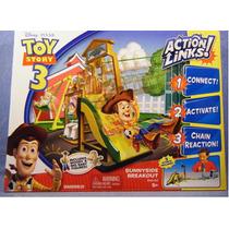 Toy Story 3 - Playset Fuga Do Berçario Com Wood E Bebezao