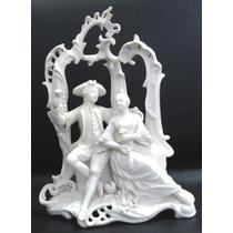 Grupo Escultórico Em Porcelana Alemã Tc Coroado Num. 24-6