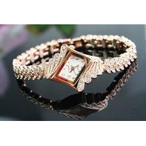 Relógio Bracelete Dourado Elegante Com Strass