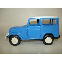Miniatura Carro Classicos Nacionais 2-toyota Bandeirante 79