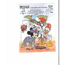 Lindo Selo De São Vicente - Mickey E Donald - Vejam A Foto !