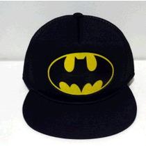 Bone Trucker Aba Reta Batman Desenho Na Aba