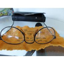 Óculos Usado Com 1:75 De Graus As Duas Lentes