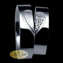 Par De Alianças Para Compromisso Em Prata Coração Com Pedras