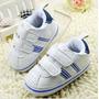 Tênis De Bebê Branco Com Listra Azul E Velcro