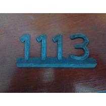 Emblema 1113 Em Plástico - Caminhão - Cantos Quebrados