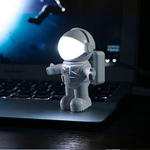 Luminária Abajur Astro-light Usb Led Astronauta