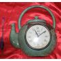 Antigo Raro Relógio Corda Formato Chaleira Alumínio Spar