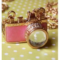 Bijuteria: Colar Câmera Fotográfica Rosa - Pronta Entrega