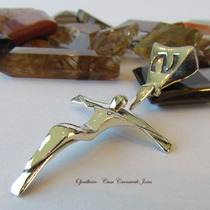 Pingente Crucifixo New Classico Prata Maciça Ojoalheiro