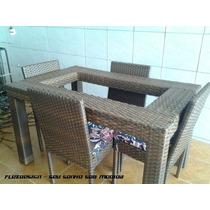 Mesa Guanabara Com 4 Cadeiras Em Fibra Sintética