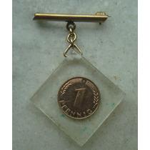 1276 Alemanha - 1 Pfennig 1950 D - No Acrilico Feito Medalha
