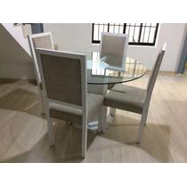 Mesa Redonda Prevenção Com Base De Vidro E Quatro Cadeiras