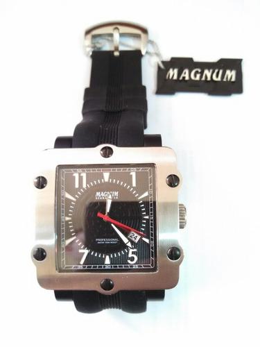 44f2d809e87 Relógio Magnum Professional à venda em Capão Raso Curitiba Paraná ...
