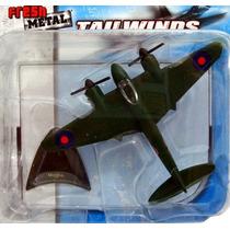 Avião Fresh Metal