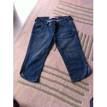 Bermuda Feminina Tam 38 Em Jeans Bobyblues Semi Nova