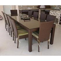 Mesa Quadrada Em Fibra Sintética Com 8 Cadeiras