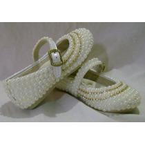 Sapato Infantil Customizado Com Pérolas E Detalhe Em Strass