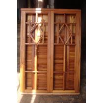 Janela De Madeira De Demolição Com Veneziana 1,60x1,10