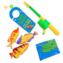 Pega Peixe Brinquedo Pescando Na Privada Do Banheiro
