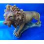 Leão Decorativo Feito Em Resina Alt. 16cm X Comp. 20cm