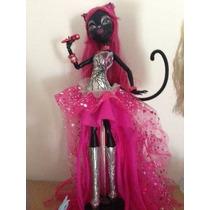 Monster High Catty Noir Primeira Edicao Completa