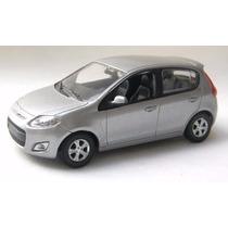 Coleção Miniatura Fiat Norev 1/43 - Fiat Novo Palio Prata