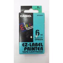 Fita Para Etiquetadora Casio 6mm Preto No Verde C/1 Unidade.