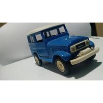 Carrinho De Miniatura Toyota Bandeirante